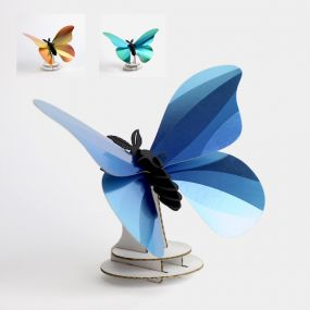 Assembli Giant Silk butterfly 3D insect