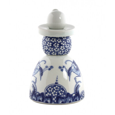 Royal Delft Proud Mary 01 Flower Peacocks